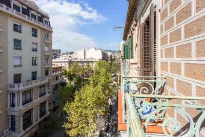 Отреставрированная квартира в центральной части Eixample